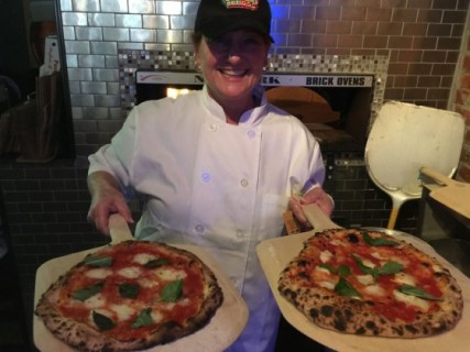 Neapolitan pizza student